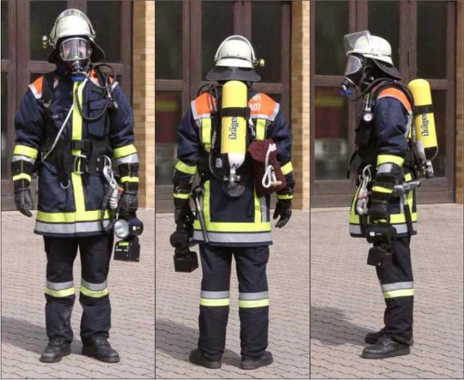 Feuerwehr mit Atemschutz